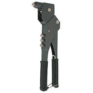 Kniežu pistole ar grozāmo galvu